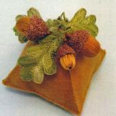 Acorn Pincushion by Jan Kerton