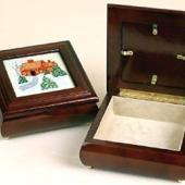 Donna's Display Box